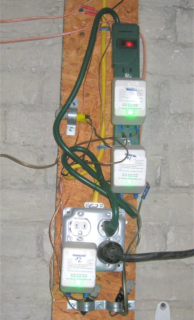 photo of the old power strip layout